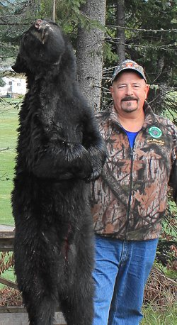 trophy black bear hunt at Foggy Mountain Guide Service