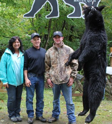 Family of successful bear hunters