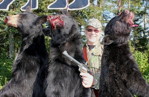 trophy handgun bear hunting at Foggy Mountain