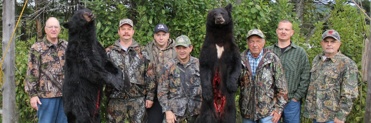 Maine bear hunters